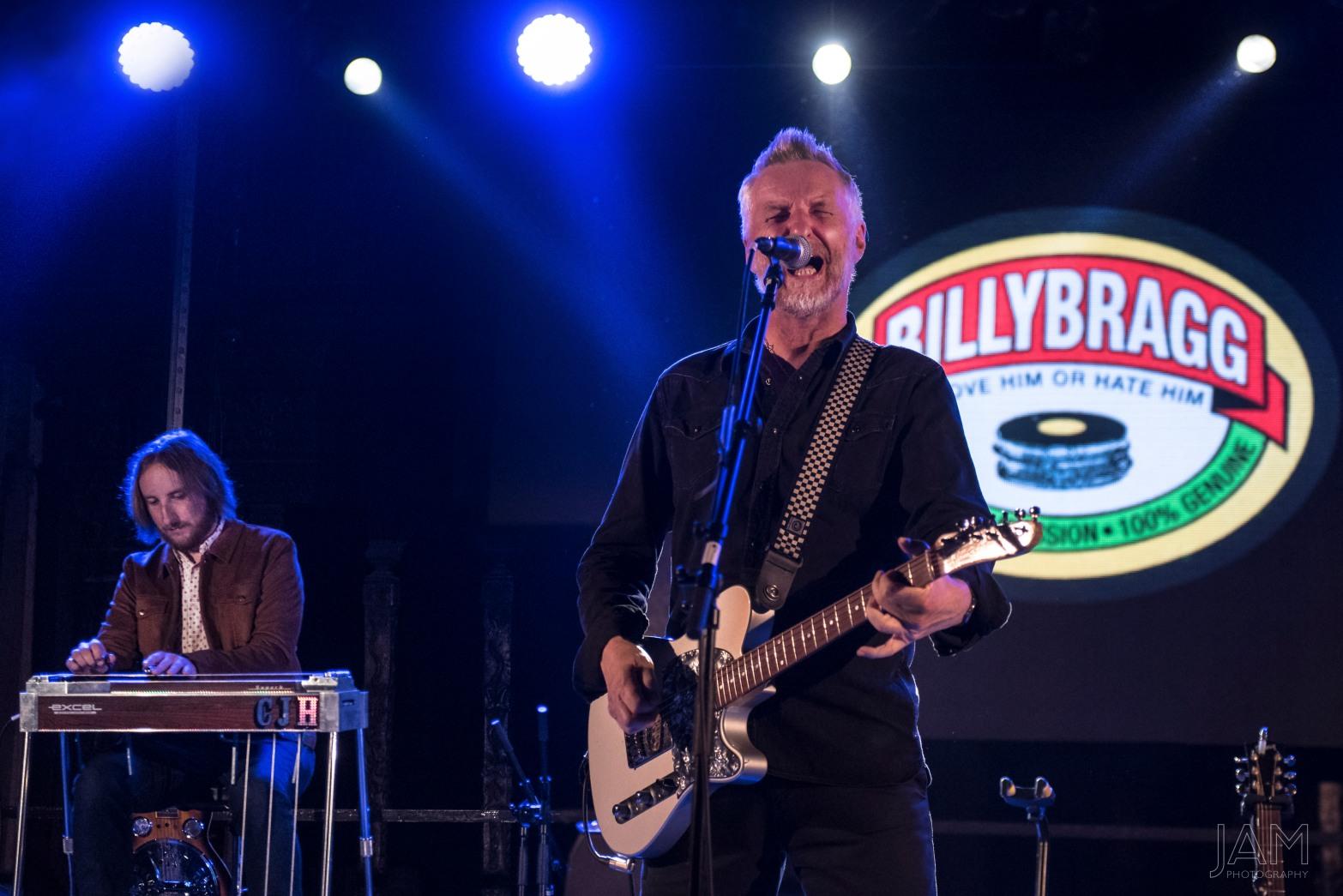 BILLY BRAGG - LONG DIVISION FESTIVAL